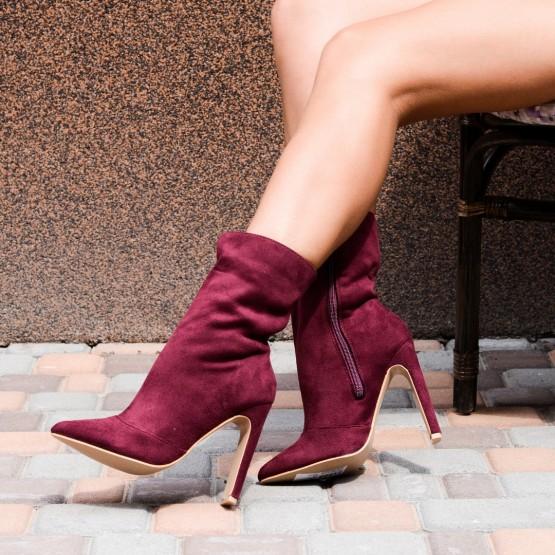 Ботинки острый носик