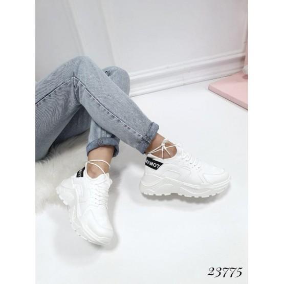 """Демисезонные Кроссовки """"Yohji Yamamoto""""; высота подошвы сзади-6см, спереди-2см; размерная сетка с 36 по 41: 36-23,5; 37-24; 38-24,5; 39-25; 40-25,5; 41-26 см белый эко кожа 23775 польша 36(р)"""
