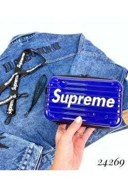Пластиковый клатч в стиле Supreme