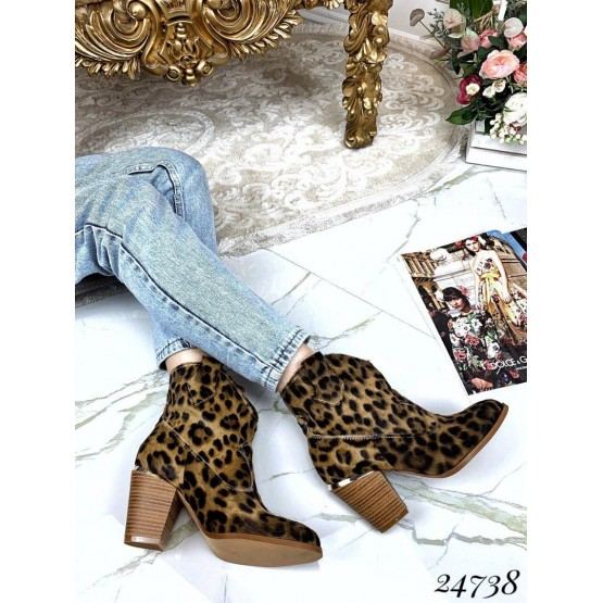 Ботинки казаки из натуральной кожи (пони)