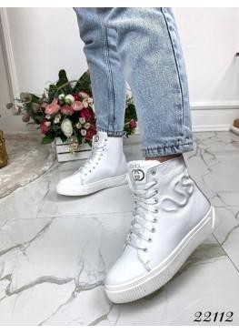 Зимняя Ботинки ботинки  гучи овечья  шерсть сбоку  змея белые нат  кожа 22112 Украина