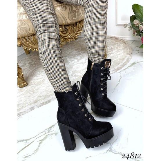 Зимние ботильоны на шнуровке