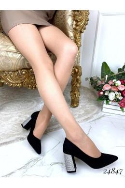 Туфли каблук в старазах с острым носком
