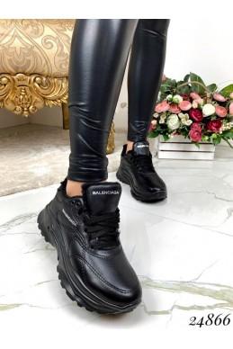 Зимние кроссовки Balenciaga.