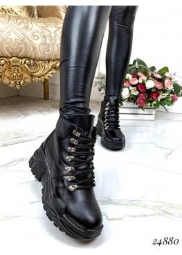 Зимние ботинки на цигейке