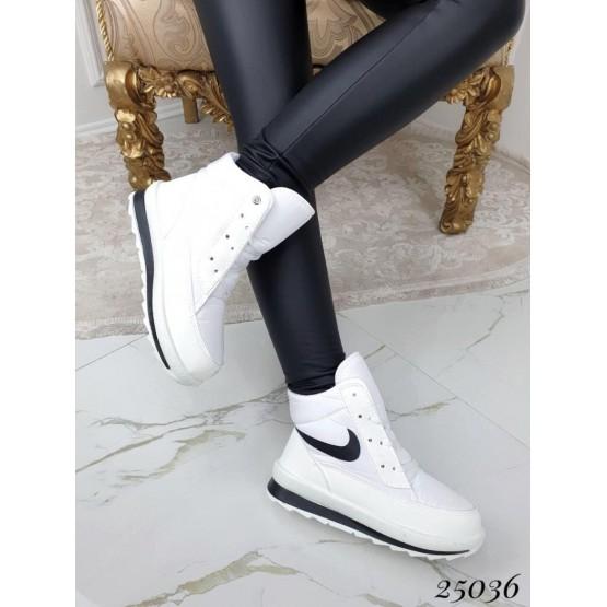 Женские дутики Nike