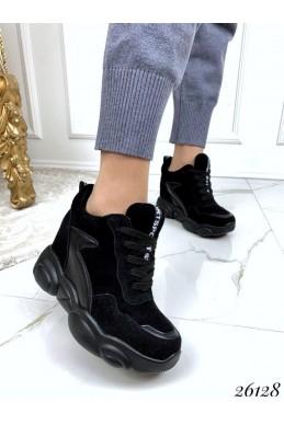 Сникерсы женские на шнуровке