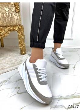 Кроссовки в стиле Adidas Shark