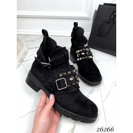 Открытые ботинки на ремешке