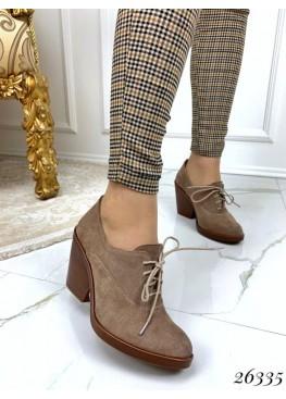 Туфли на шнурках на толстом каблуке