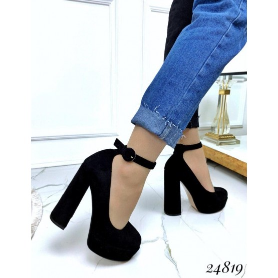 Туфли на платформе с ремешком