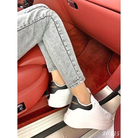 Кроссовки в стиле A. McQueen черная пятка