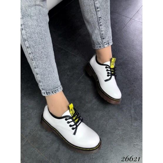 Женские туфли Dr. Martens