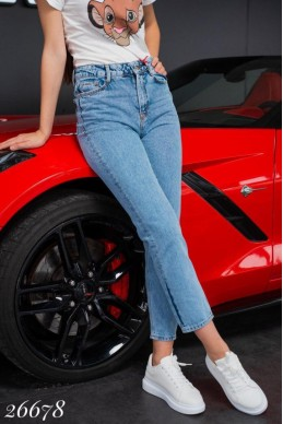 Стильные джинсы короткие