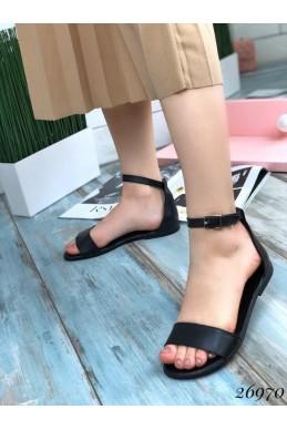 Кожаные сандалии закрытая пятка