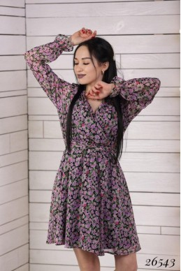 Летнее женское платье в цветочек