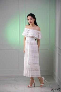 Платье белое открытые плечи, вышивка кружево