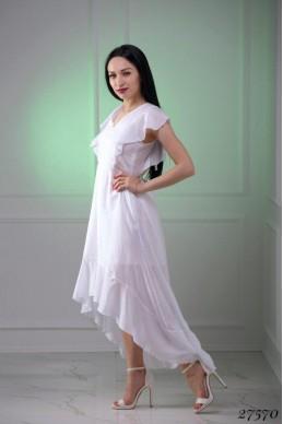 Платье летнее белое с декольте