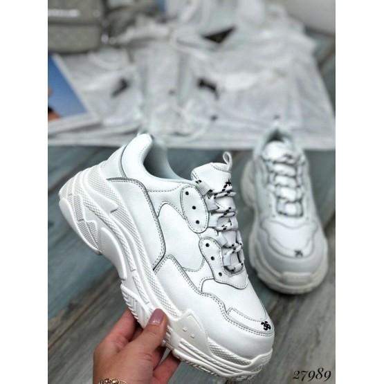 Кроссовки  на широкой подошве