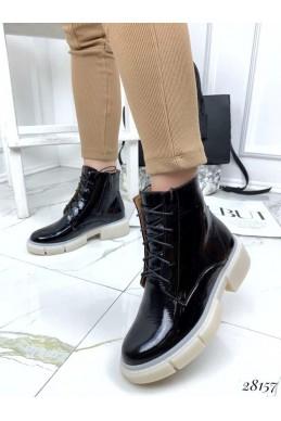 Ботинки зимние на шнурках,сбоку молния
