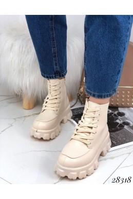Ботинки демисезон  на тракторной подошве