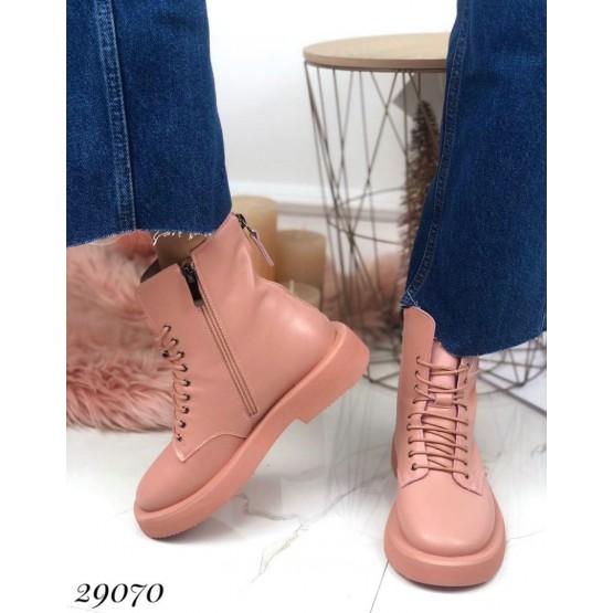 Ботинки демисезонные на ровной подошве