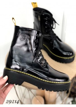 Культовые ботинки Dr. Martens.