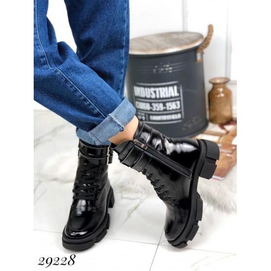 Ботинки зимние на тракторной подошве NINA_MI