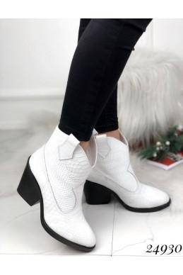 Зимние ботинки казаки питон