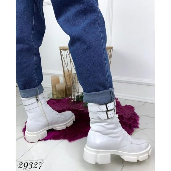 Ботинки зимние на тракторной подошве