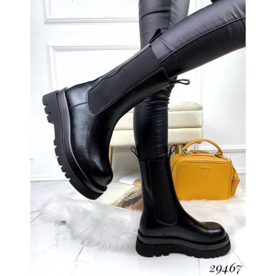 Ботинки на резинках высокие