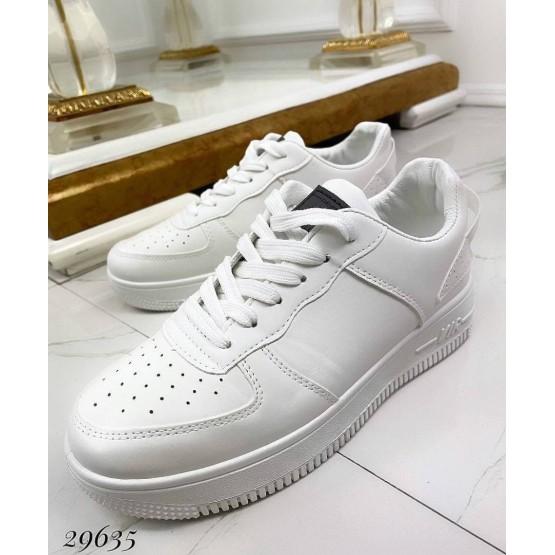 Кроссовки Air белые