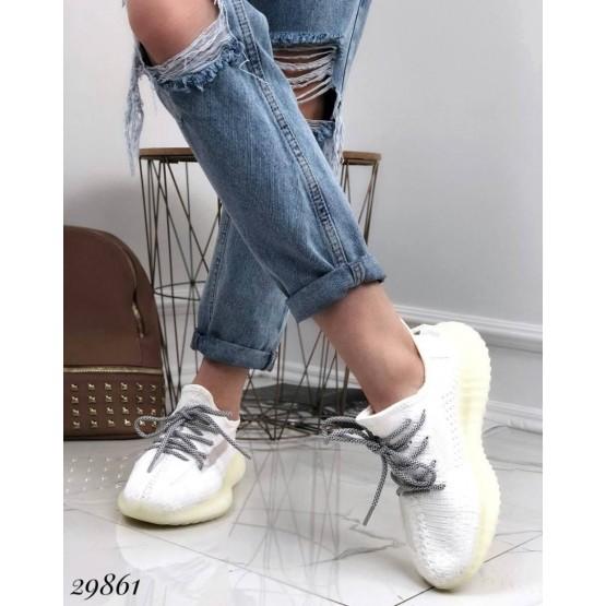 Кроссовки текстильные