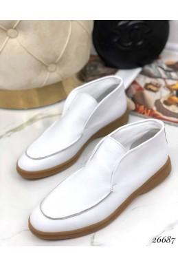 Туфли лоферы кожаные.