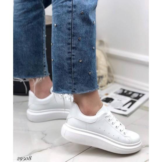 Кроссовки на дутой подошве лаковые