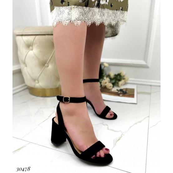 Босоножки с переплетом вокруг ноги