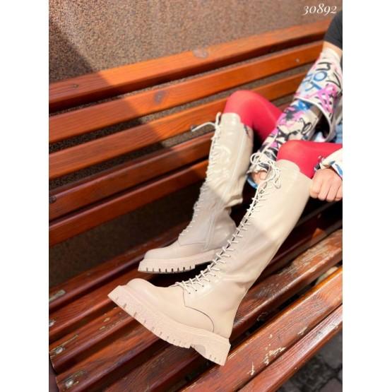 Сапоги на шнуровке