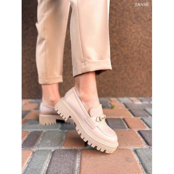 Туфли на тракторной подошве с украшением