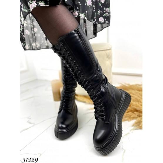 Сапоги со шнуровкой спереди