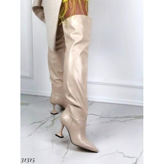 Ботфорты на каблуке рюмочка