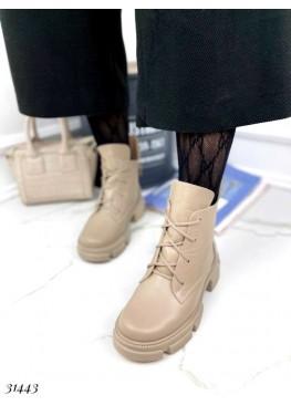 Ботинки гладкие зимние  на шнуровке
